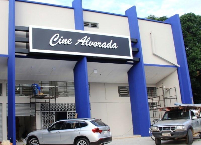 Novo Cine Alvorada, no Melo Viana