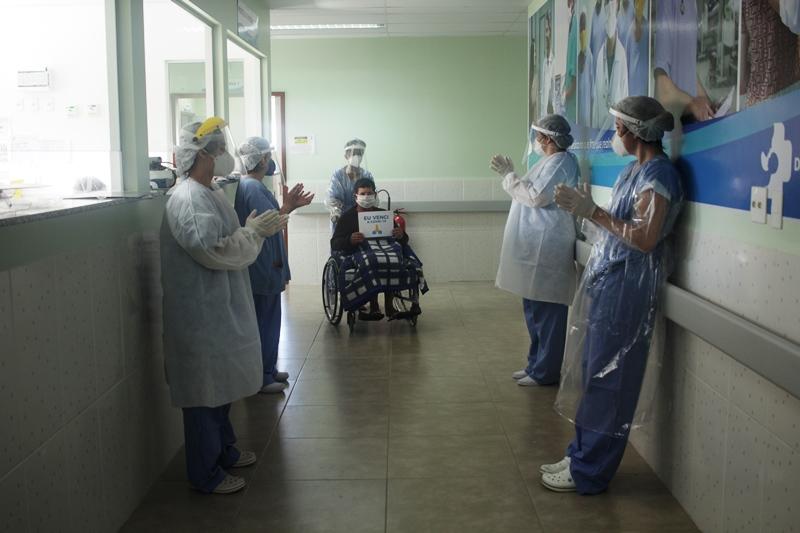 Fabriciano avança na imunização contra Covid-19 e desacelera ritmo da pandemia
