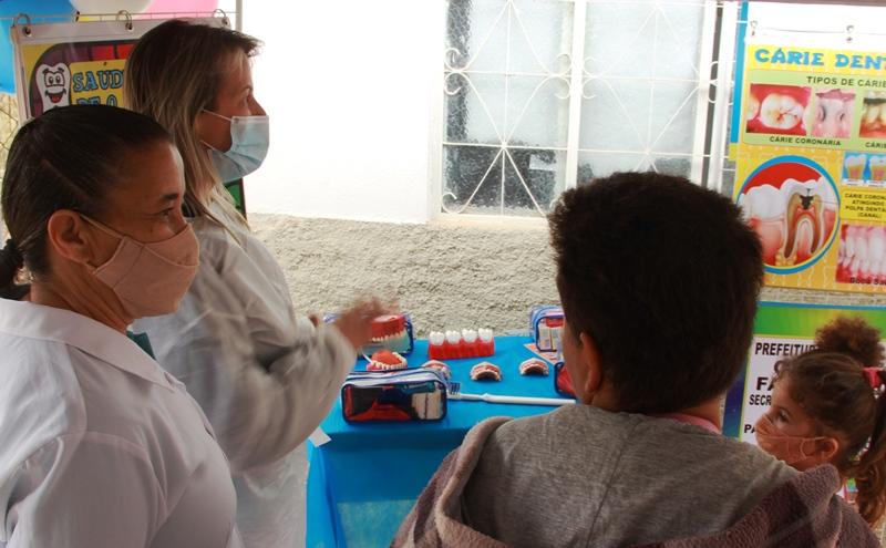 Fabriciano retoma programa de saúde bucal nas escolas da rede municipal