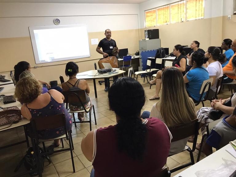 Escolas da Rede Municipal de Fabriciano recebem palestras sobre conscientização energética