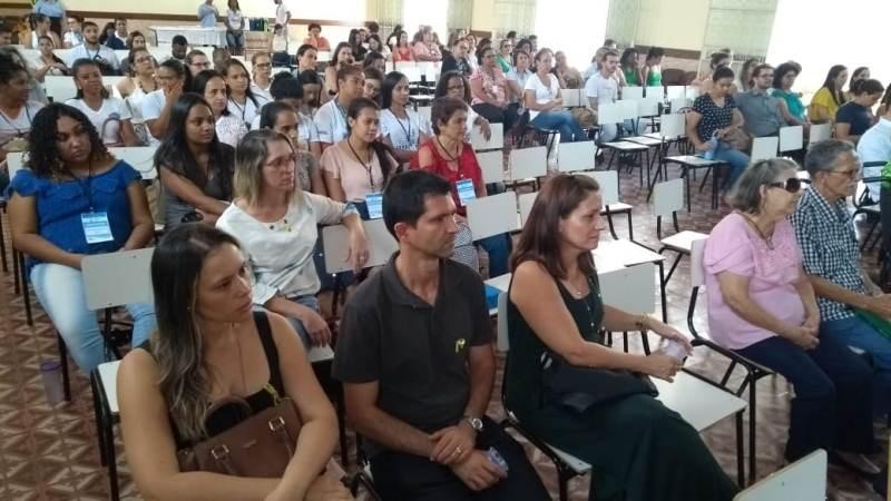 """Fabriciano realiza 1º Colóquio com tema """"Valorização da vida como estratégia de prevenção ao suicídio"""""""